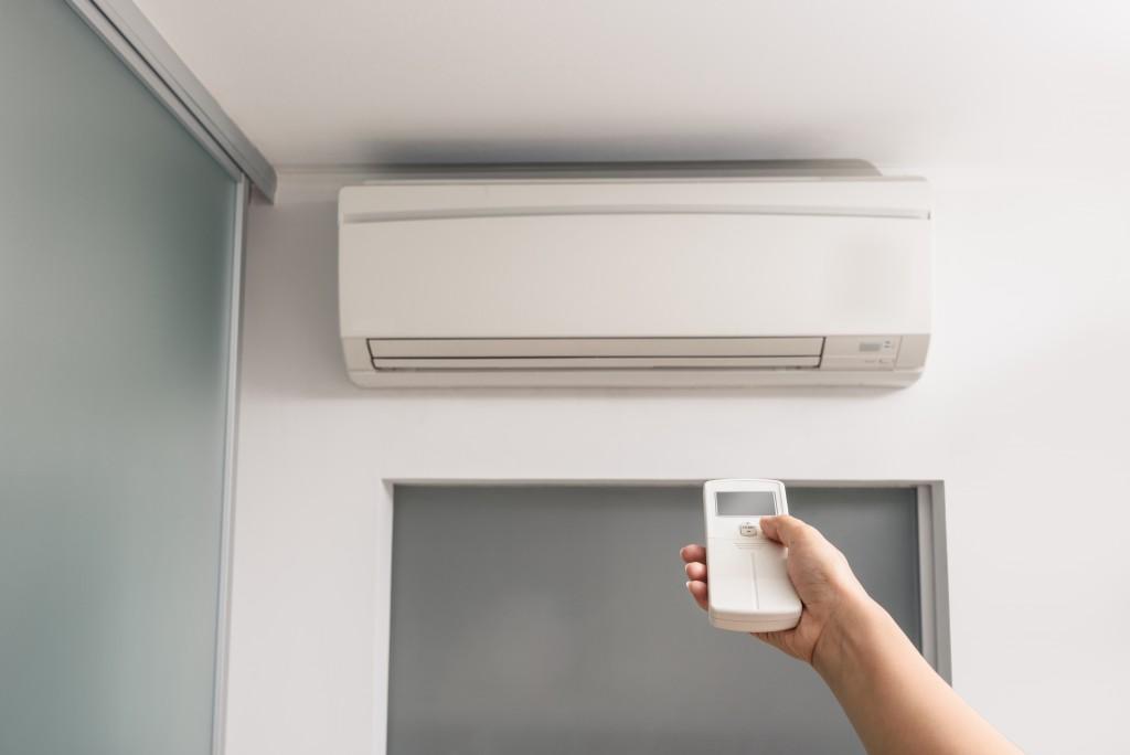 Adjusting AC