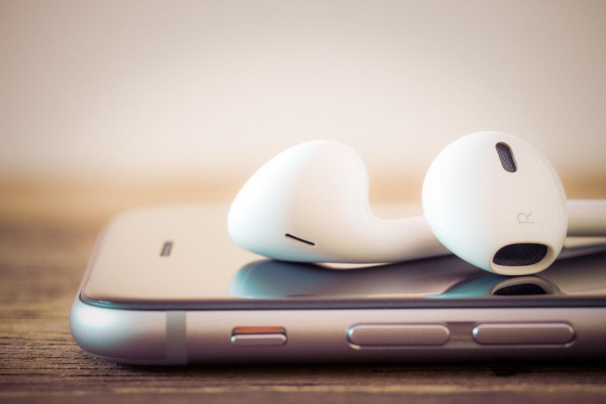 earphones and phone